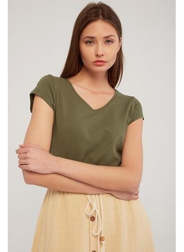 Modaset V Yaka Kadın Haki T-Shirt Haki